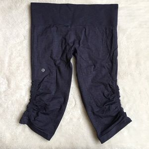 Lululemon Dark Gray Crop Leggings Size 10